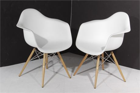 Pair Fiberglass Shell Chairs
