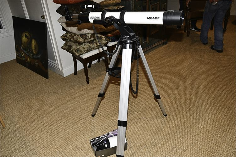 MEADE Digital Telescope